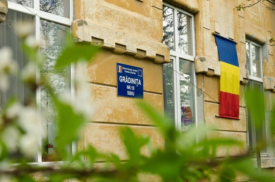 Invesții de peste 470.000 lei în cinci unități de învățământ din Sibiu