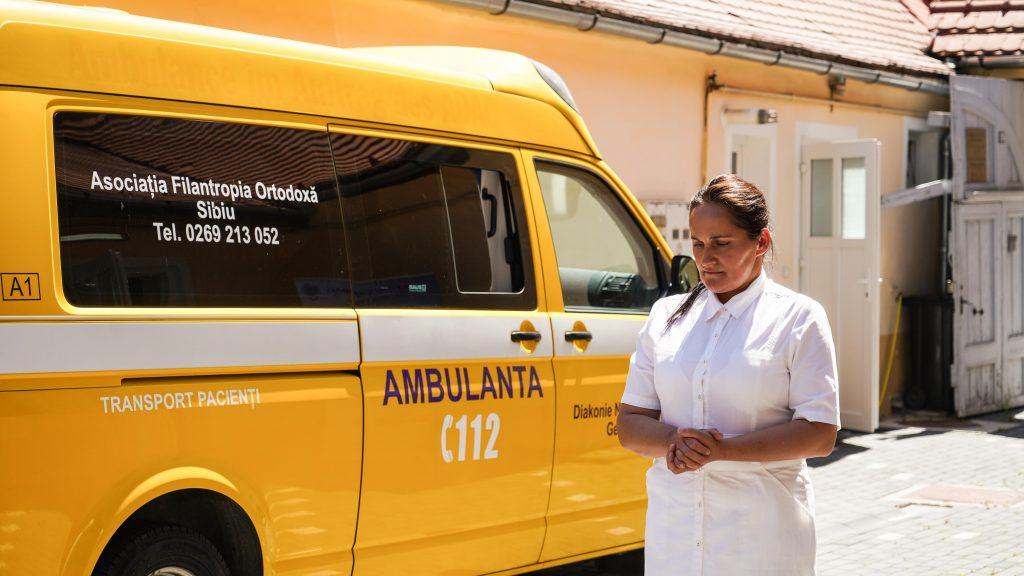 Persoanele defavorizate pot apela la cabinetul stomatologic și serviciul de ambulanță al Arhiepiscopiei. Serviciile sunt gratuite