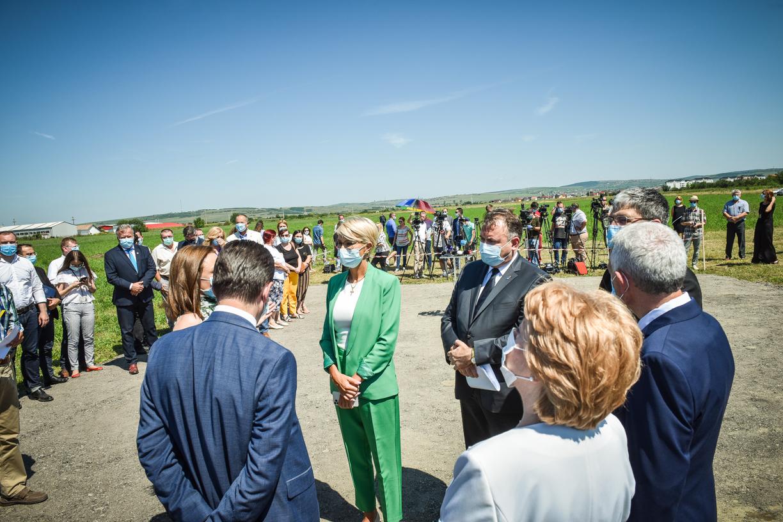 """FOTO Șefii Guvernului au venit la Sibiu să promită noul spital județean. """"Este o zi istorică"""""""