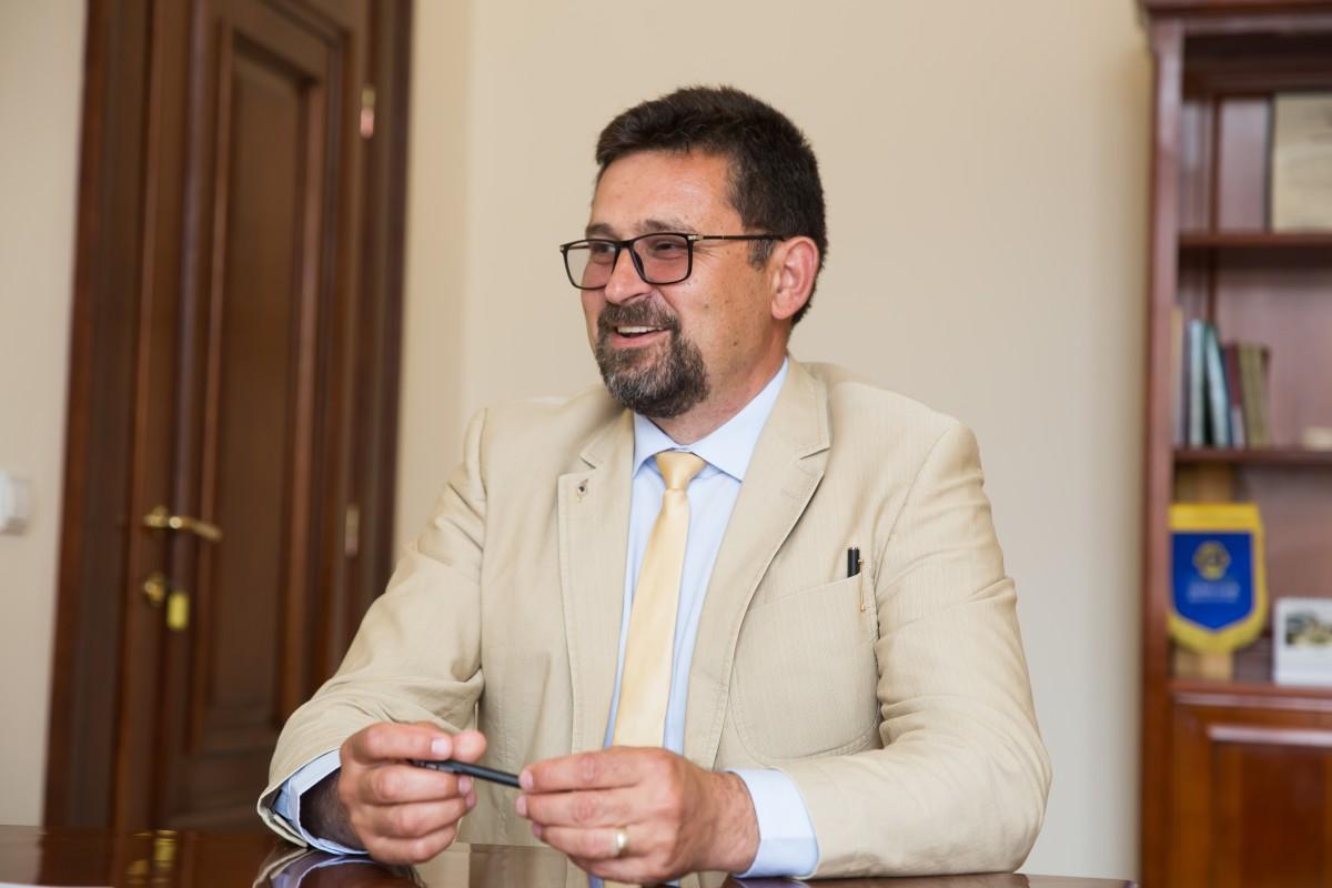 Viceprimarul PNL al Sibiului a demisionat. Pentru o funcție într-o companie de stat