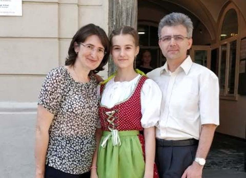 """Maria Cîndea, fetița cu două tumori pe creier, a decedat. Tatăl: """"Am sperat până în ultima clipă"""""""