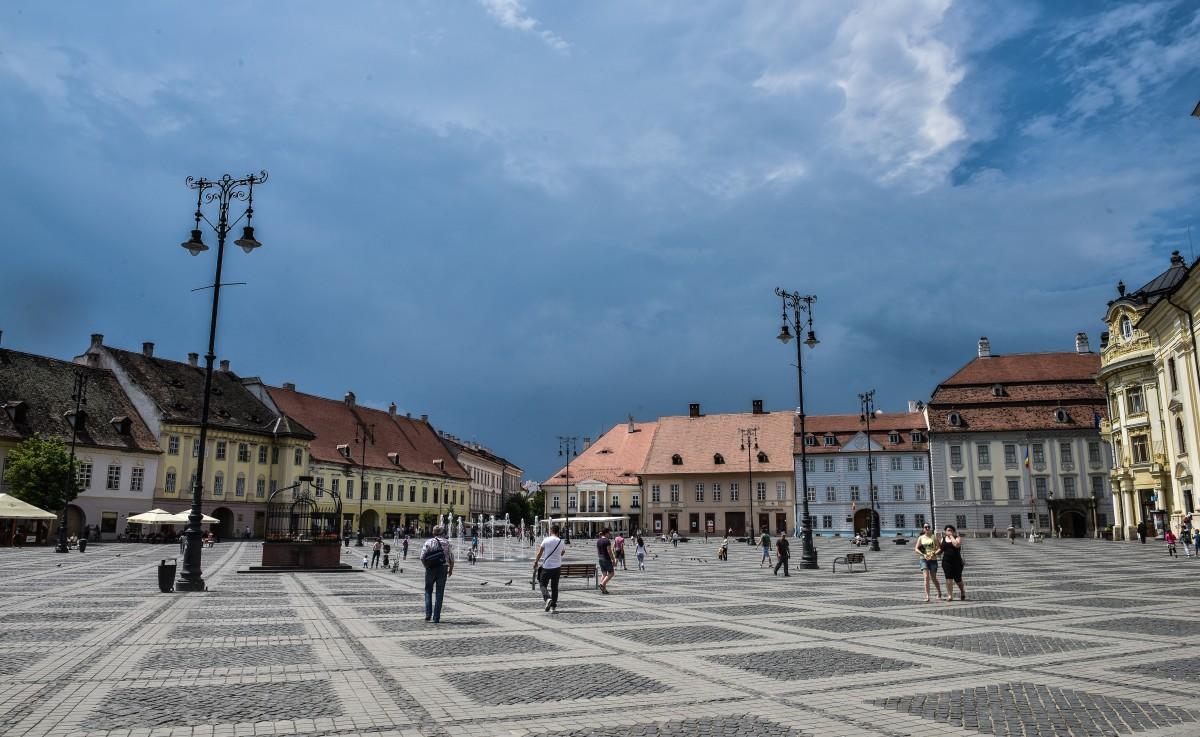 Se schimbă vremea: Cod galben de vijelii și ploi puternice la Sibiu