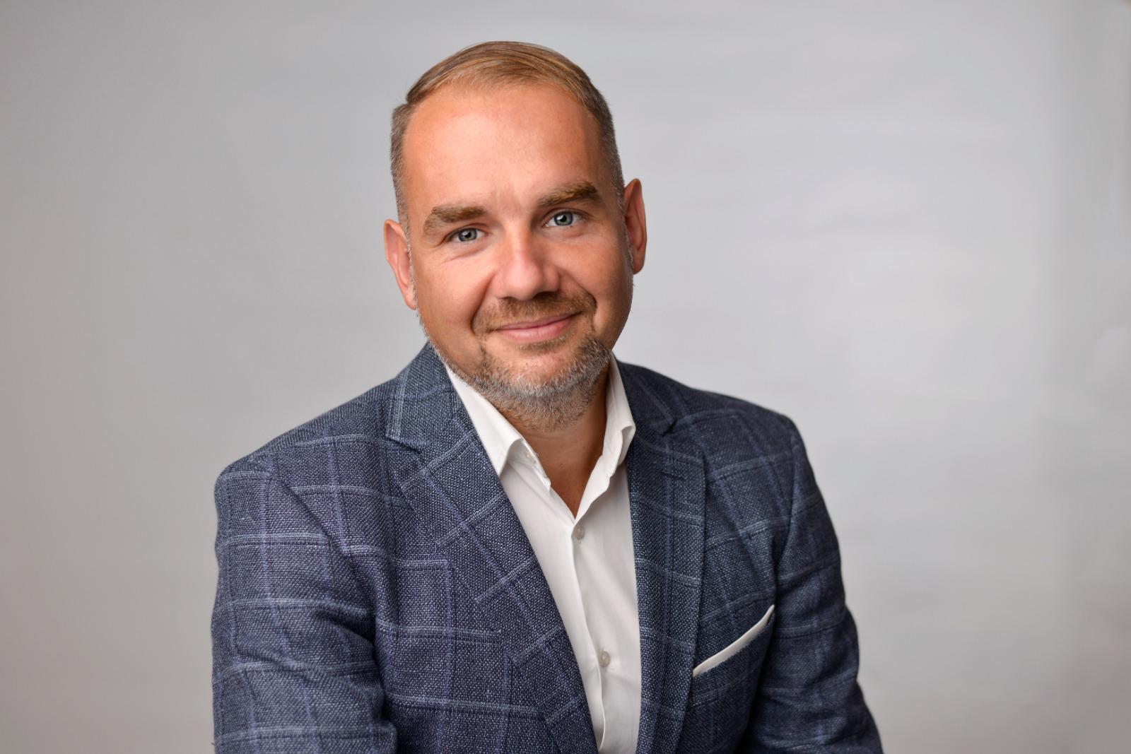 """Horaţiu Marin, candidat la Primăria Sibiu: """"Educaţia necesită atenţia Primăriei"""""""
