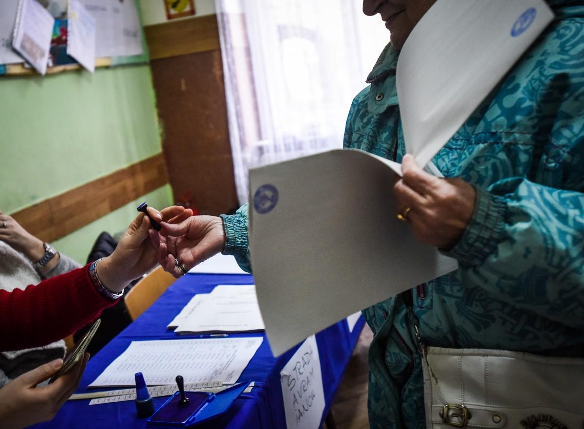 Orban: Putem să organizăm alegerile fără să creştem riscul de transmiterea a virusului