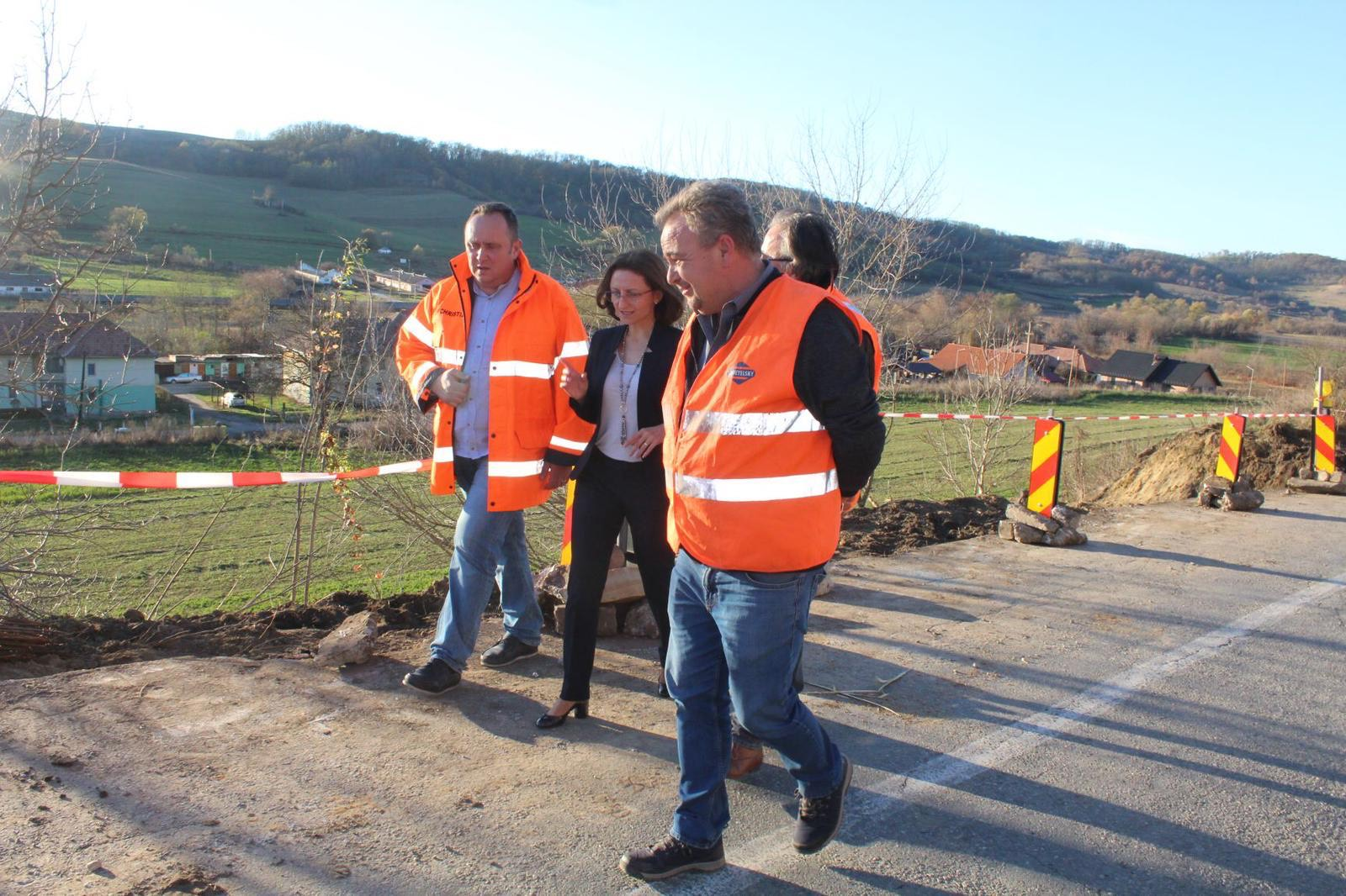 """""""Peste 380 de kilometri de drumuri județene au fost sau sunt in curs de modernizare"""""""