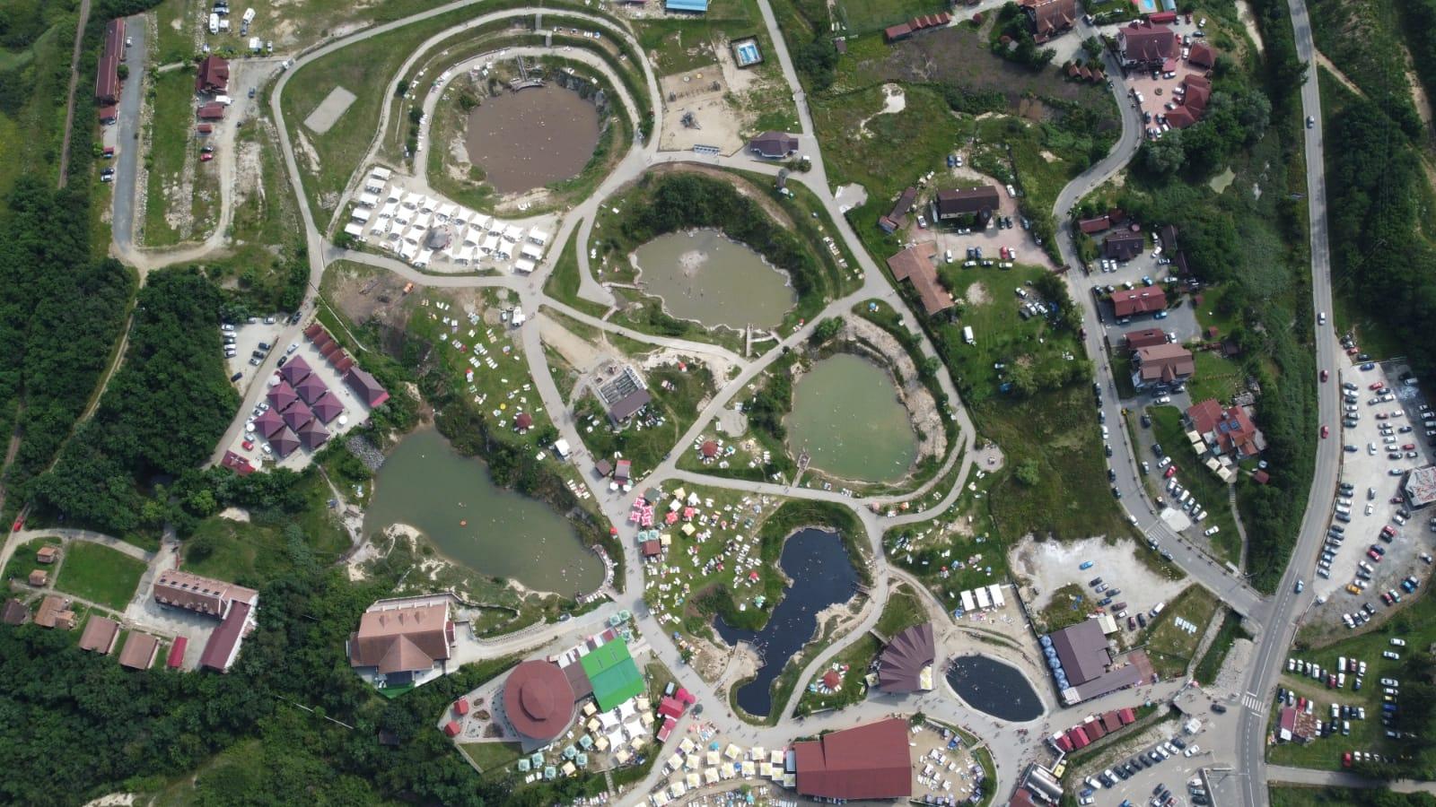 Bilete mai ieftine și parcare gratuită la lacurile naturale din Ocna Sibiului
