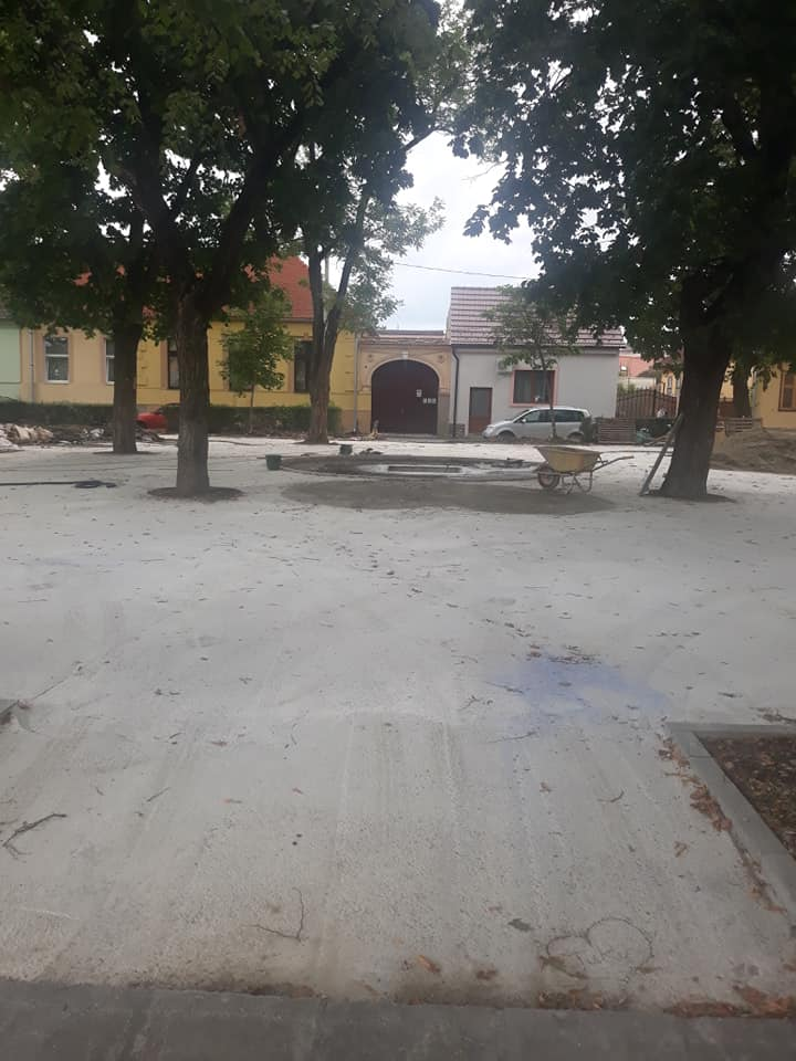 Revoluția Verde 2. Sibienii din Piața Cluj și de pe strada Luptei se declară nemulțumiți de lucrările de reabilitare