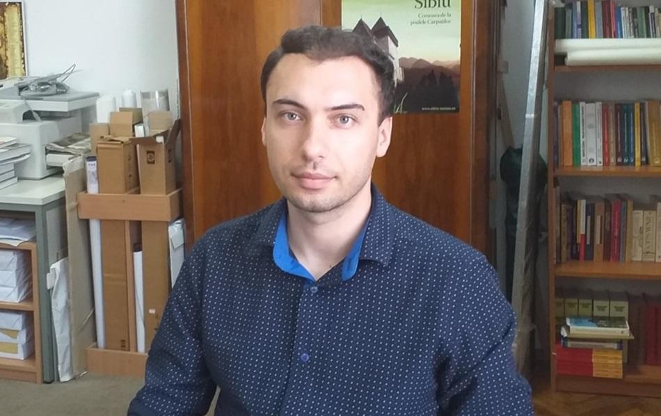 """Cercetătorul sibian care digitalizează hărțile istorice ale Sudului Transilvaniei: """"A trebuit să învăț să citesc scrierea cursivă germană din sec XVIII"""""""