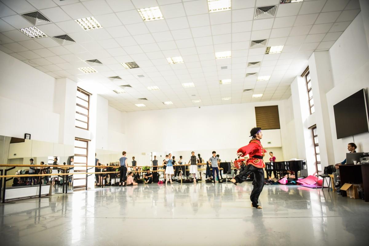 Focar de infecție la Teatrul de Balet: 7 infectați, 58 de contacți
