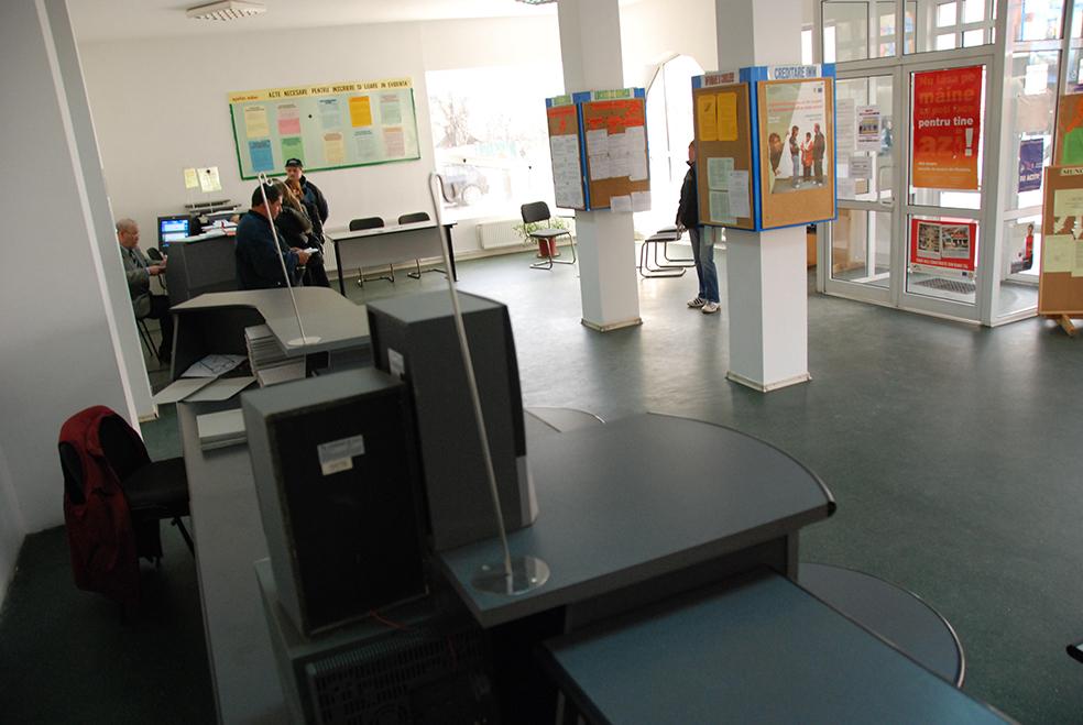 AJOFM Sibiu are doar trei locuri de muncă pentru persoane cu studii superioare