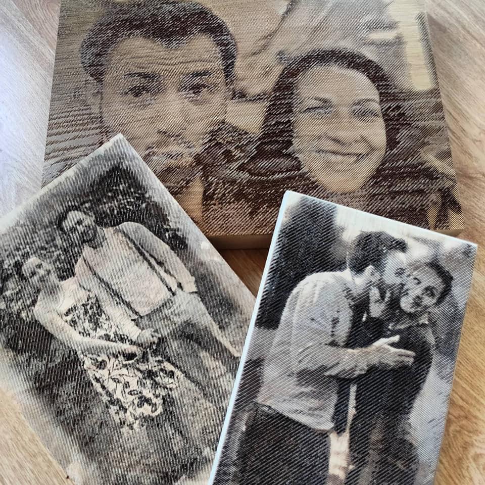 De la sportiv și corporatist, la tâmplar. Un sibian și-a deschis atelier și gravează fotografii în lemn