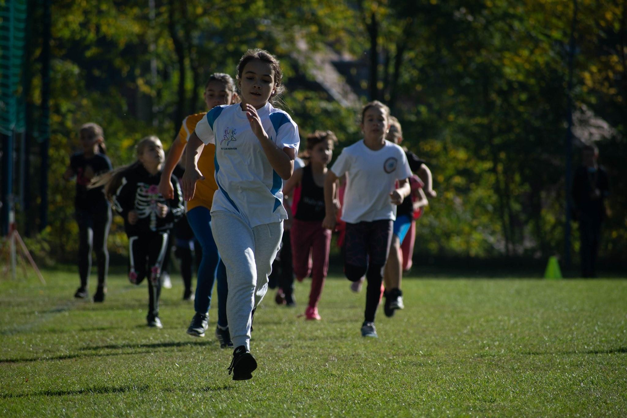 Vouchere în valoare de 300 de lei acordate de stat pentru încurajarea copiilor în practicarea sportului de performanță