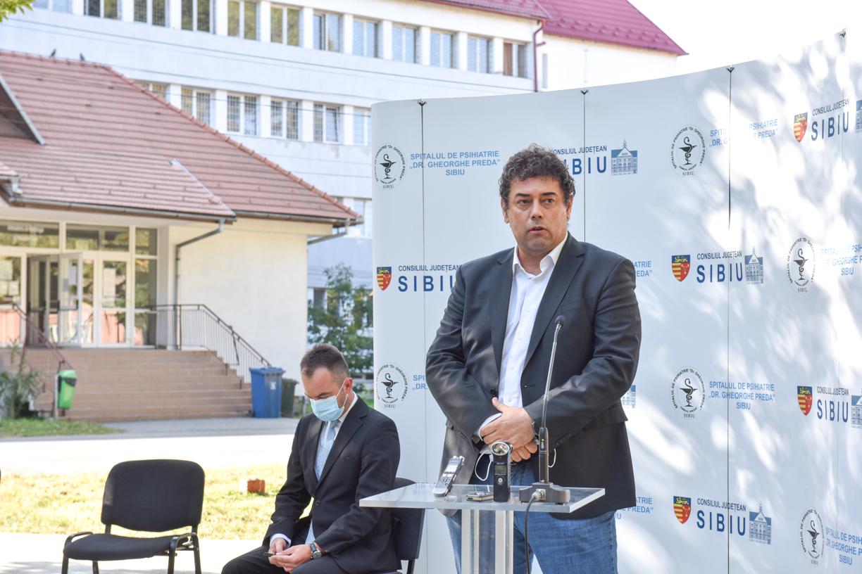 """Decanul facultății de medicină din Sibiu, vindecat de Covid: """"Nu trebuie să avem nicio psihoză, dar nu este o glumă"""""""
