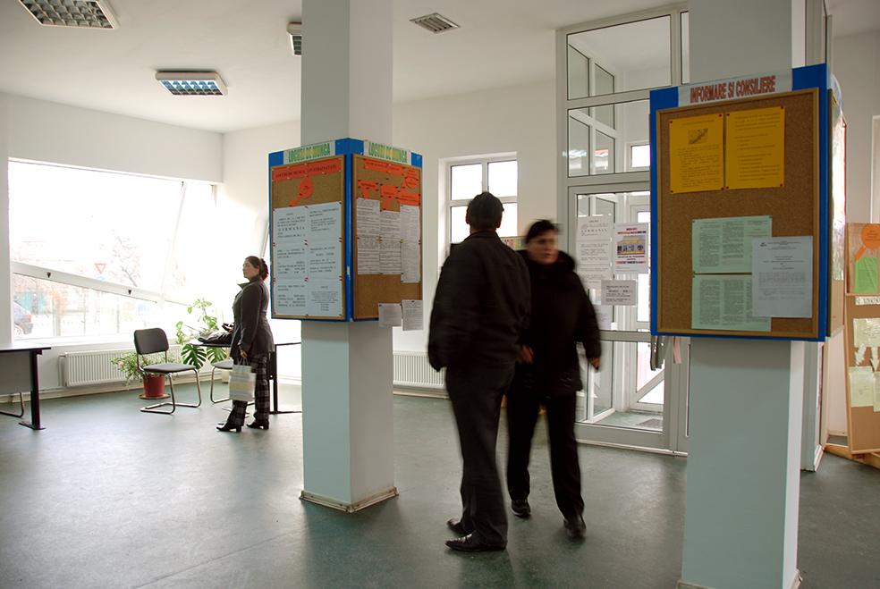 După șase luni de pandemie, rata șomajului în Sibiu se menține foarte scăzută