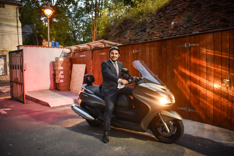 """Horațiu Marin: """"Este vorba de mentalitate. Nu este nici o rușine să mergi cu bicicleta, cu scuterul sau cu trotineta electrică la serviciu"""""""