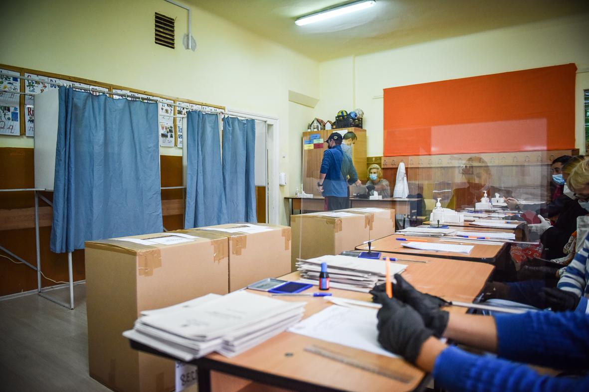 Poliția Sibiu: au fost deschise două dosare penale și acordate amenzi de 4.400 de lei