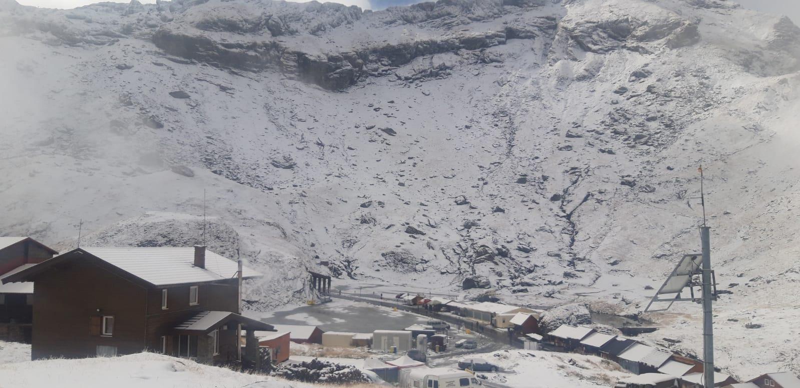 VIDEO/Prima zăpadă în Munții Făgăraș, din acest sezon