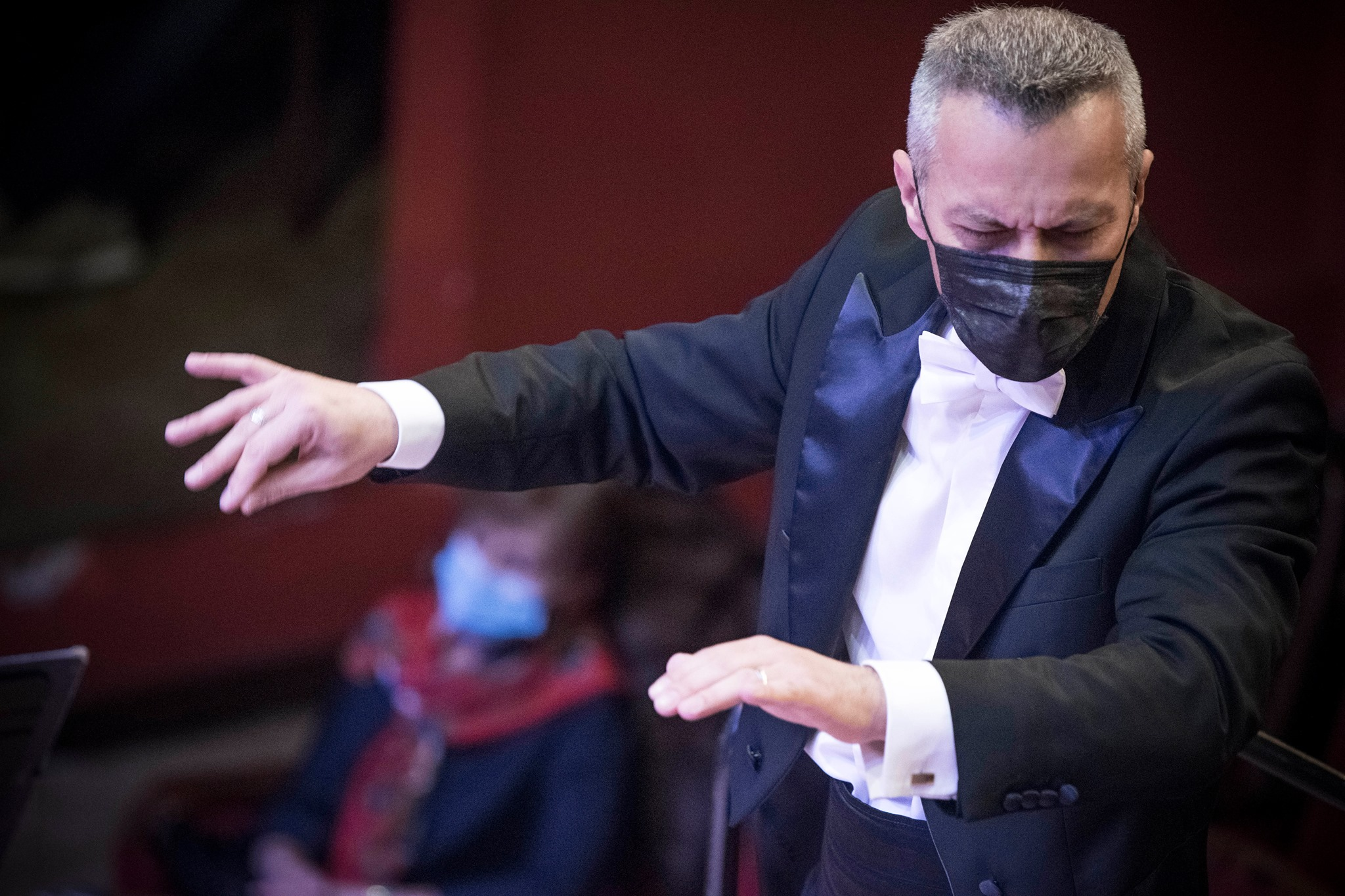 """Spectacole sold-out la Sibiu, după redeschiderea sălilor. """"Răspunsul publicului e speranța noastră că vom exista și după această pandemie"""""""