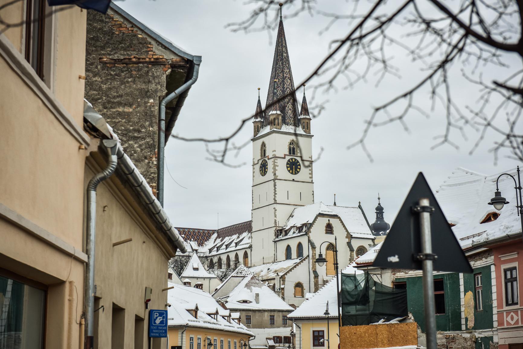 Vești bune: incidența continuă să scadă atât în municipiul Sibiu, cât și în județ