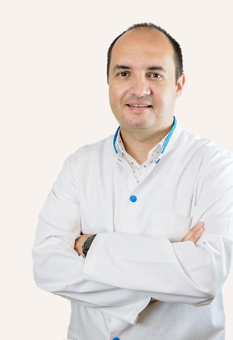 """INTERVIU Specializat în Suedia, dr. Bogdan Cociaș a venit să prevină cancerul la Polisano Sibiu: """"Controalele periodice sunt vitale"""""""