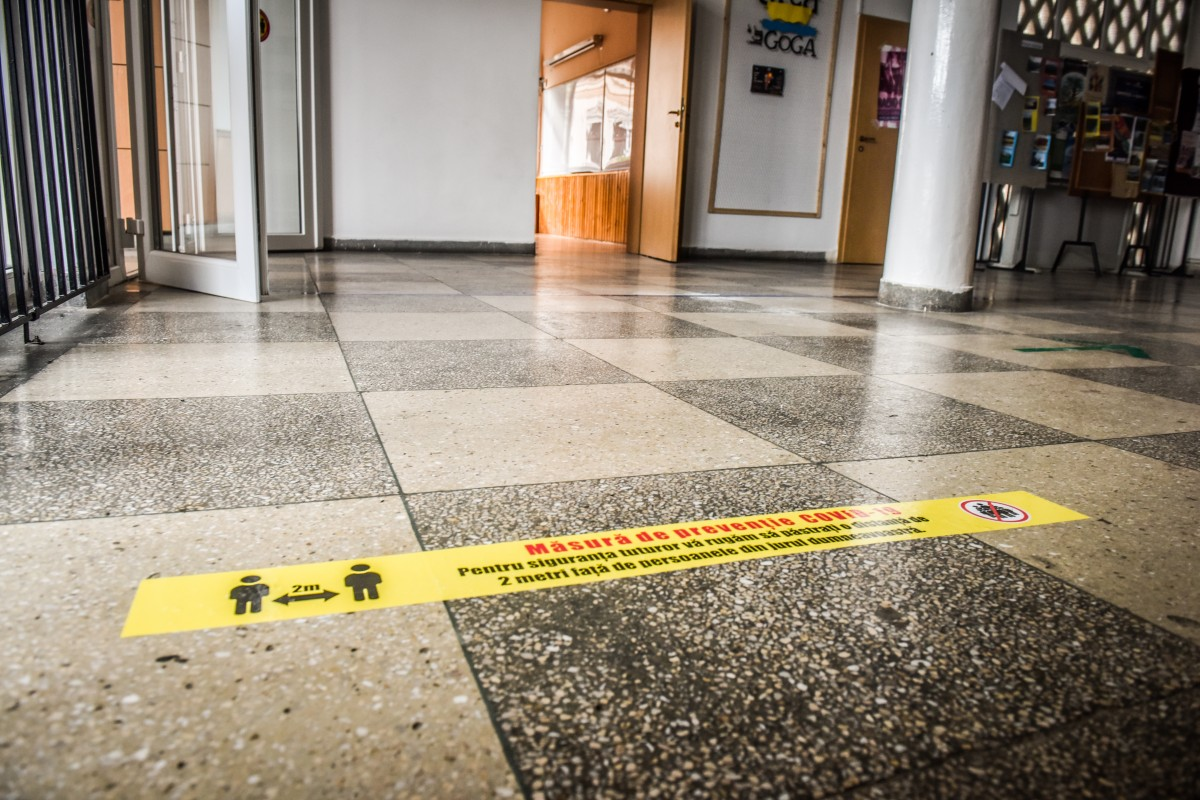 Moldovan: Elevii simptomatici vor fi verificaţi cu teste rapide