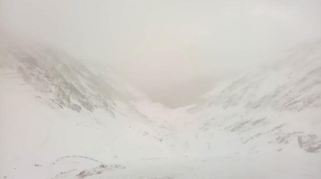 VIDEO - Cod portocaliu de viscol, la munte. Jandarmii montani transmit recomandări