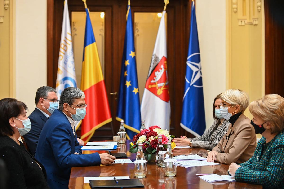 Primăria Sibiu: Fonduri europene în valoare de 175 de milioane de Euro atrase de Municipiul Sibiu pentru infrastructura de apă și canalizare regională
