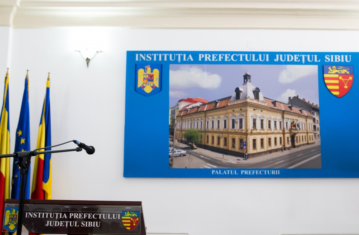 Luni se stabilește cui revine Prefectura Sibiu. USR PLUS și PNL au deja numele