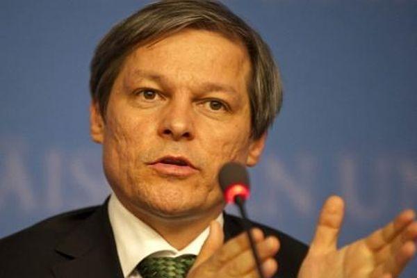 Cioloş se va întâlni miercuri doar cu preşedinţii partidelor care au fost în coaliţie