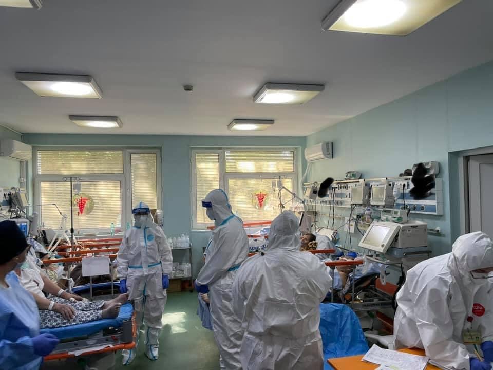 438 de cazuri noi în Sibiu. Al treilea cel mai mare număr de infectări de la declanșarea pandemiei