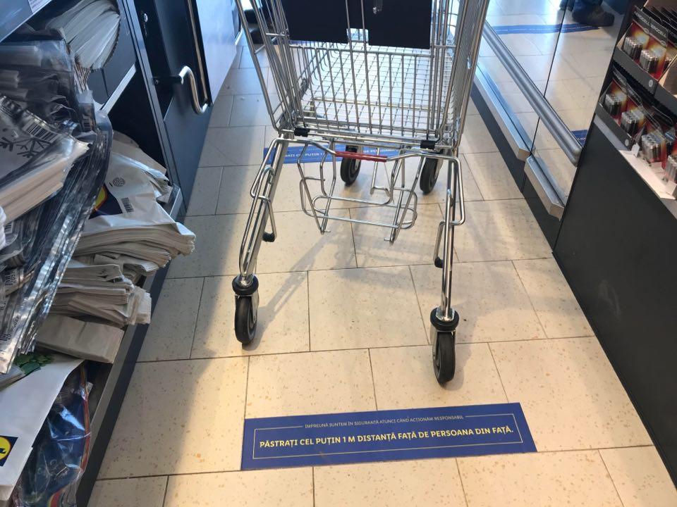ANPC a descoperit oțet falsificat pe piață, vândut în marile magazine. 11.500 de litri au fost opriți de la comercializare