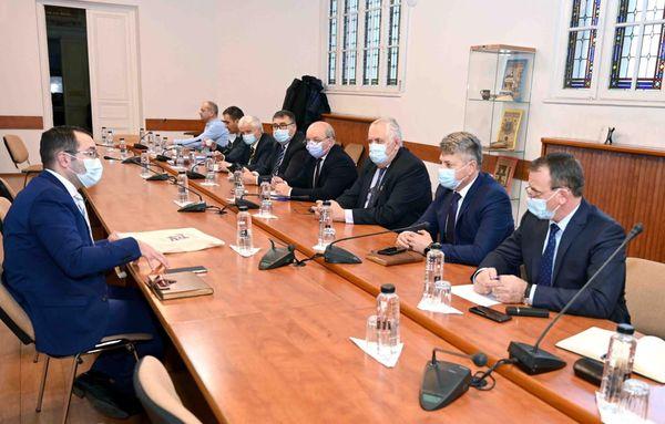 Întâlnire între reprezentanții Asociației Comunelor, Ministrul Agriculturii și dezvoltării rurale și directorul Agenției pentru Finanțarea Investițiilor Rurale