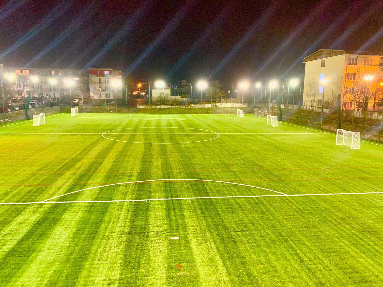 Mitropolia Sibiului: Terenul de fotbal din spatele Liceului Carol I a fost finalizat