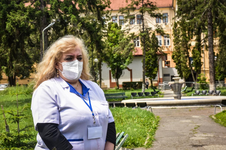 Spitalul Județean condus de dr. Coldea: paturi Covid-19 bifate doar din pix, 114 angajări fără posturi vacante