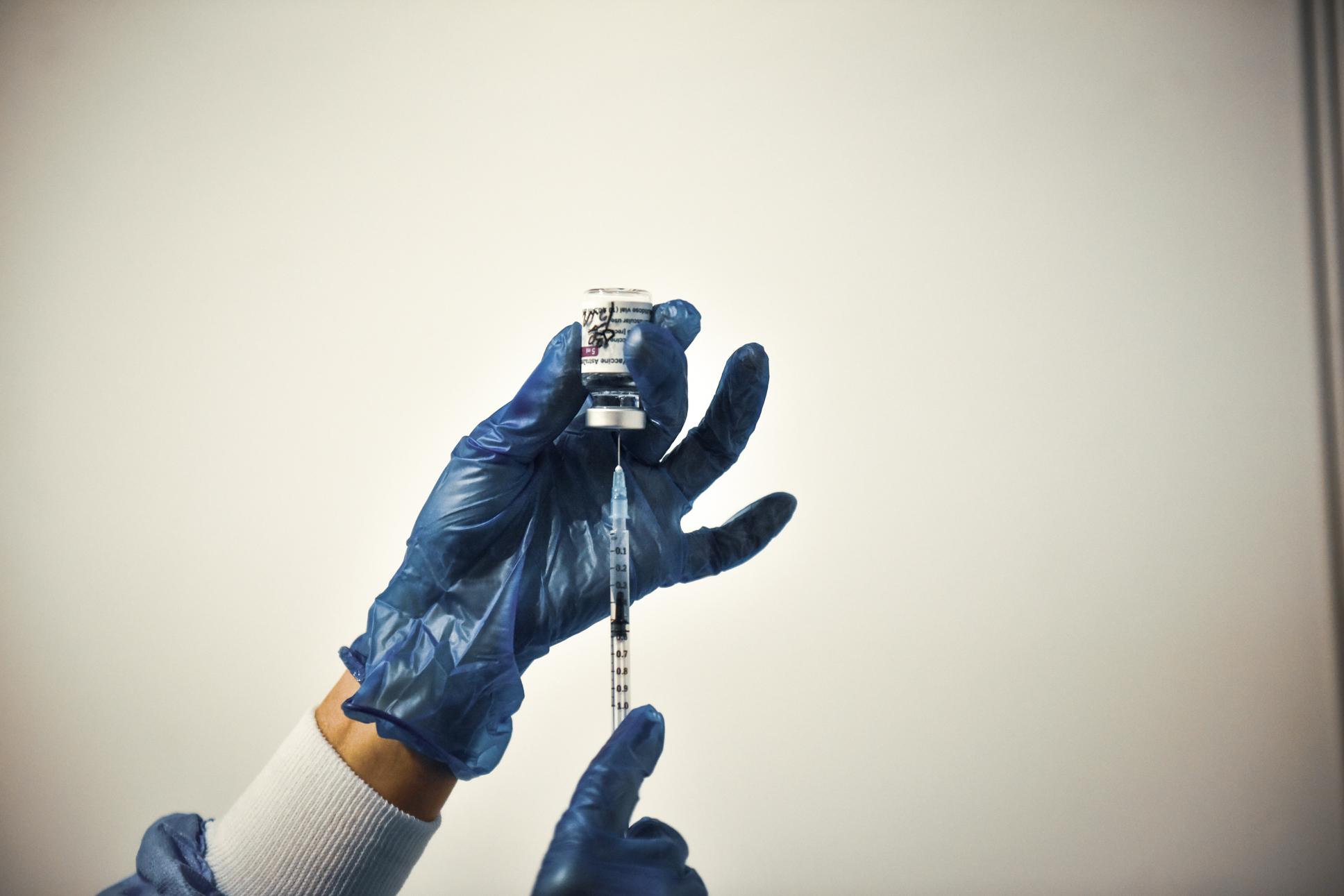 Doar 13% dintre cadrele didactice s-au vaccinat până acum, deși pe platformă s-au înscris aproape 49%