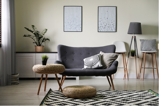 Cum selectezi canapele potrivite pentru un living mic