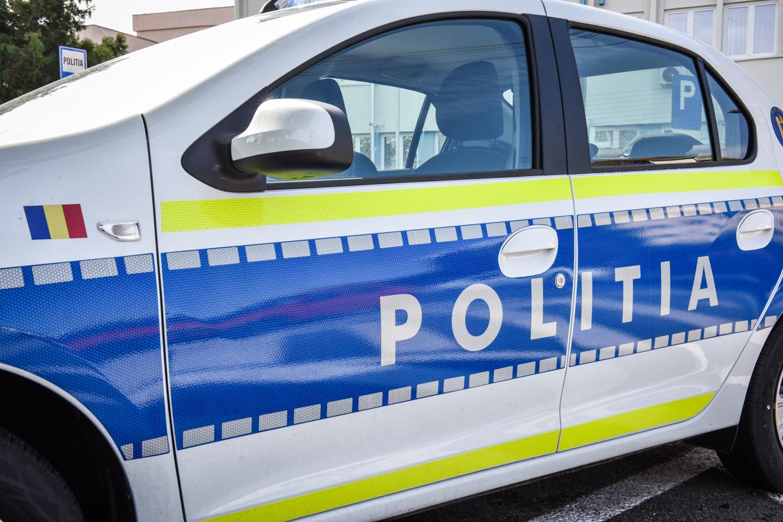 Cercetat penal la 17 ani. Un tânăr a fost prins la plimbare cu o mașină furată