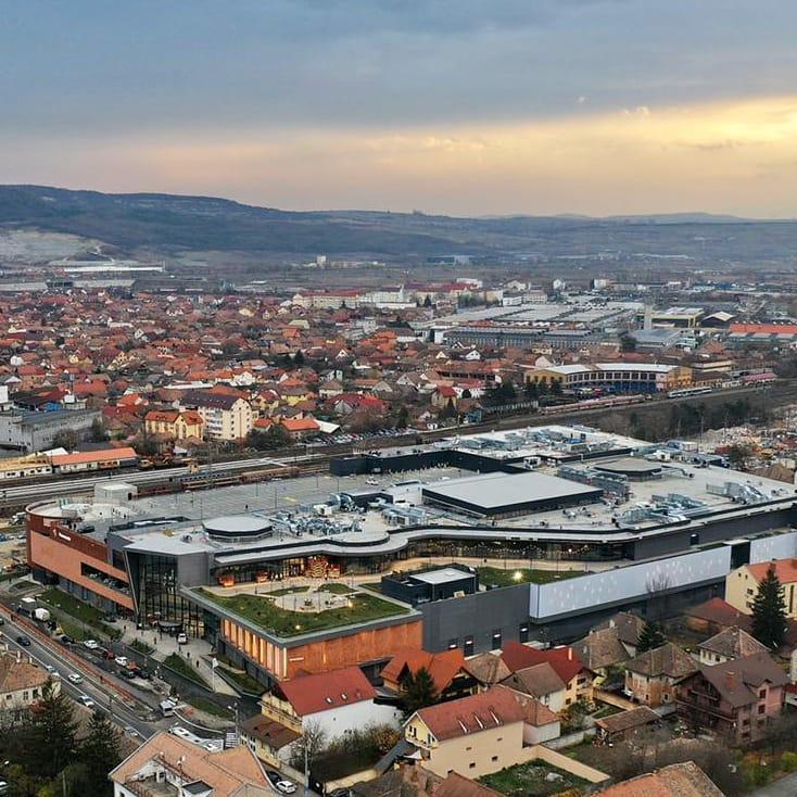 Ce profit a înregistrat proprietarul mall-urilor din Sibiu și Șelimbăr în 2020