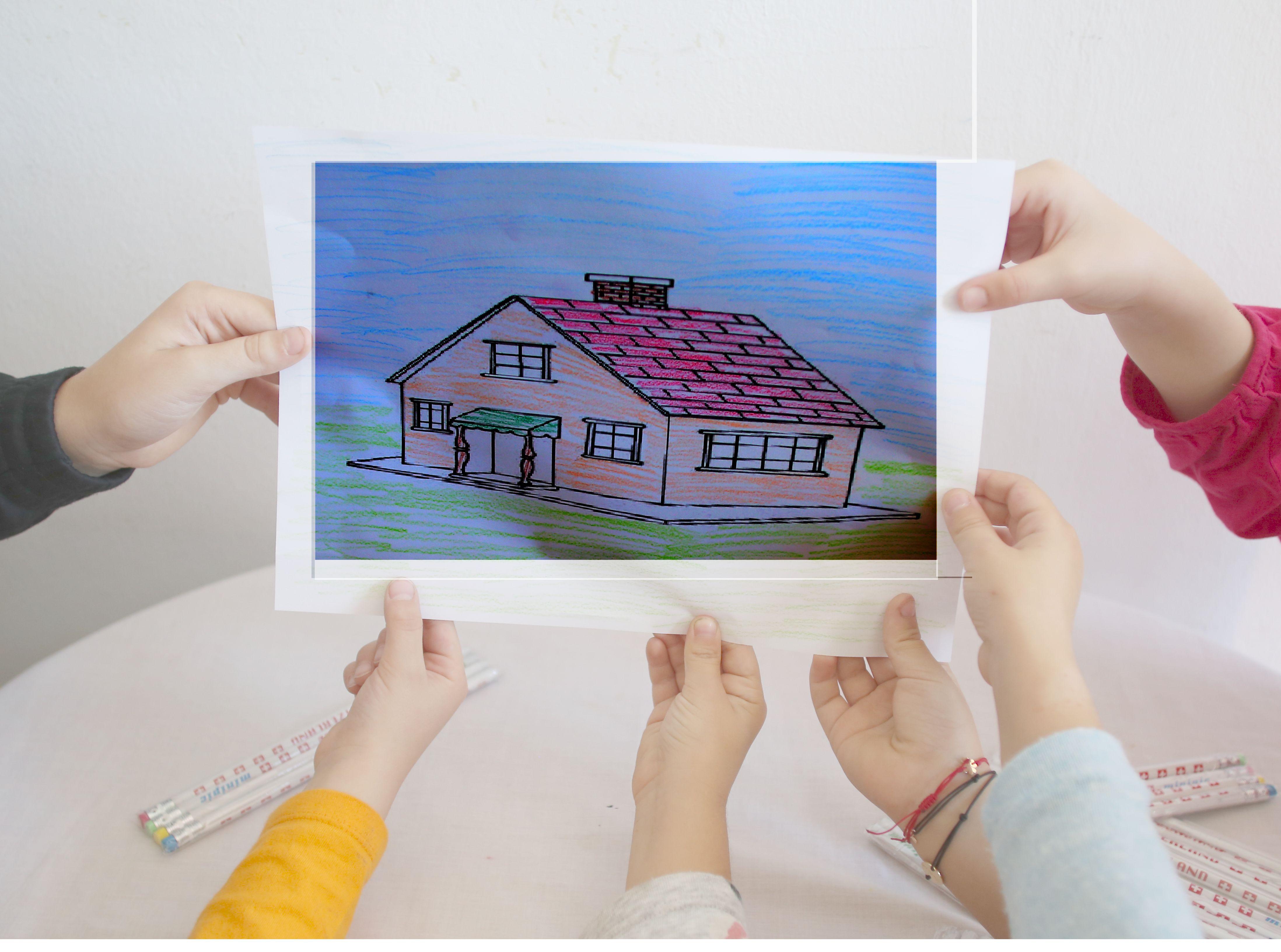 """""""Casa albastră"""", acasă pentru tinerii nimănui: Fără sprijin, copiii care ies din sistemul de protecție ajung direct în stradă"""