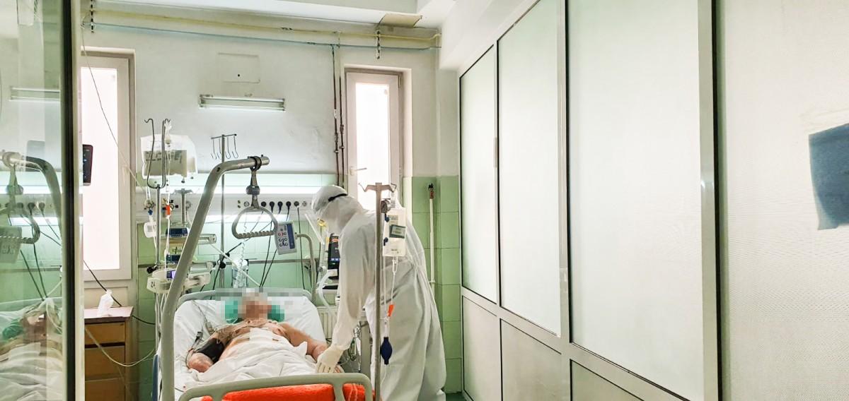 Cel mai mare număr de internați în ATI de la începutul pandemiei, la Sibiu
