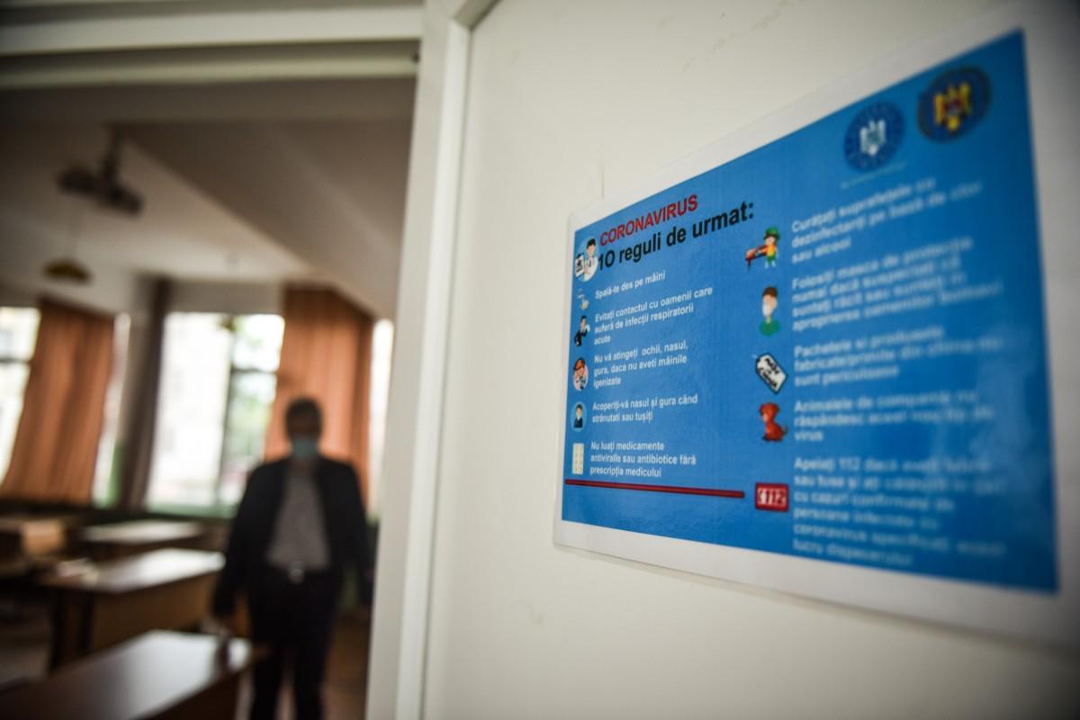 Cazuri noi în 12 școli și grădinițe. Cursuri suspendate