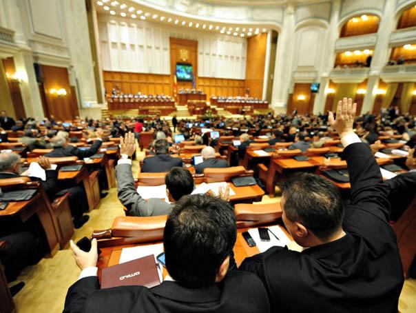 S-a votat bugetul pe 2021. Venituri de 365 miliarde şi cheltuieli de 445