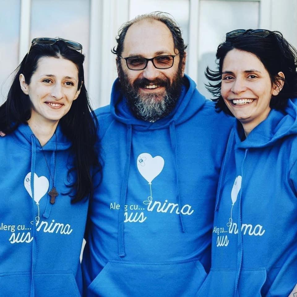 """Asociația Sus Inima caută 1.150 de oameni care să intre în clubul donatorilor, pentru """"un ajutor lunar pentru persoanele afectate de cancer"""""""