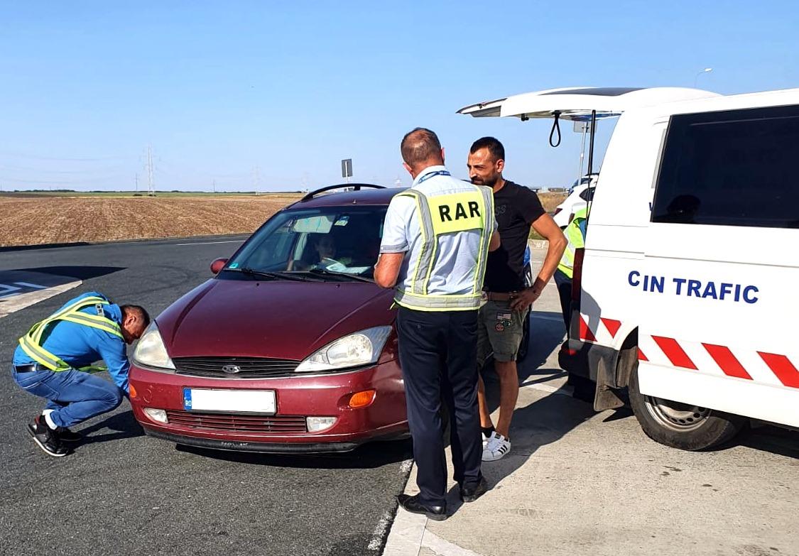 Angajații RAR Sibiu au verificat anul trecut, în trafic, mai puțin de patru mașini pe zi. O treime aveau probleme