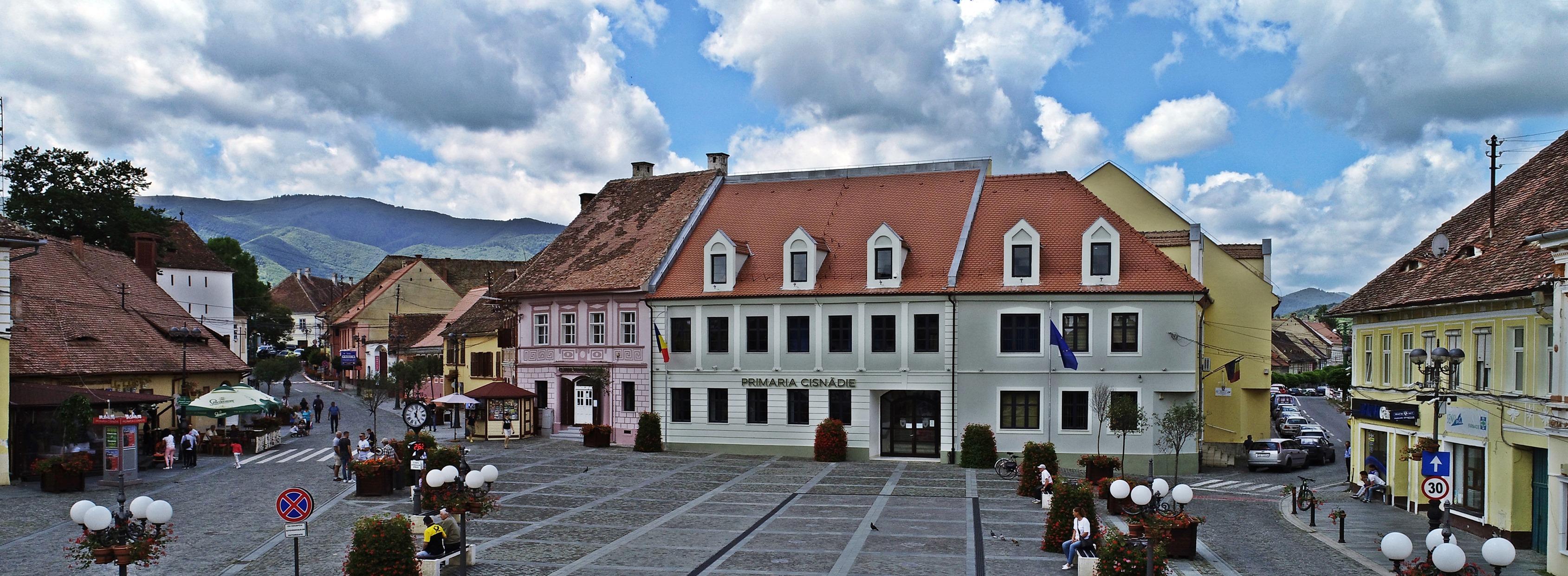 Primăria Cisnădie: Terenuri pentru construirea de locuințe, destinate tinerilor cu vârsta până în 35 de ani