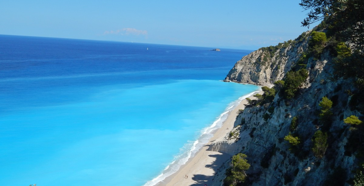 Năsui: Grecia îşi redeschide graniţele pentru turism din 16 aprilie
