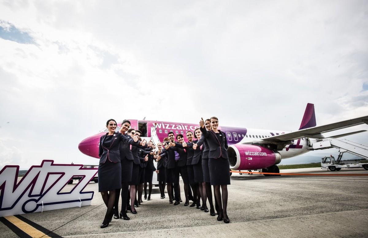 Tribunalul Sibiu obligă Wizz Air să reangajeze însoțitori de zbor, dați afară la începutul pandemiei