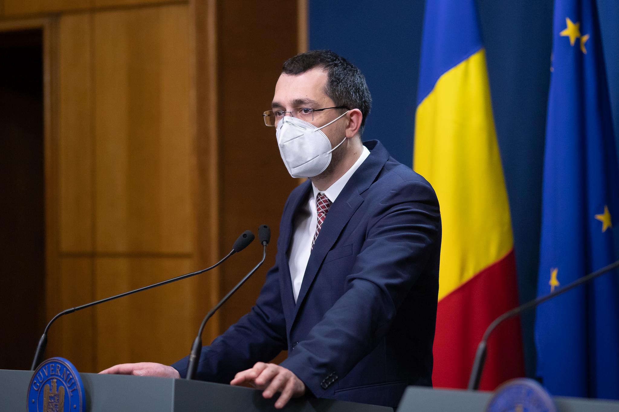 """Premierul l-a demis pe Vlad Voiculescu. """"I-am înaintat președintelui documentele de revocare"""""""