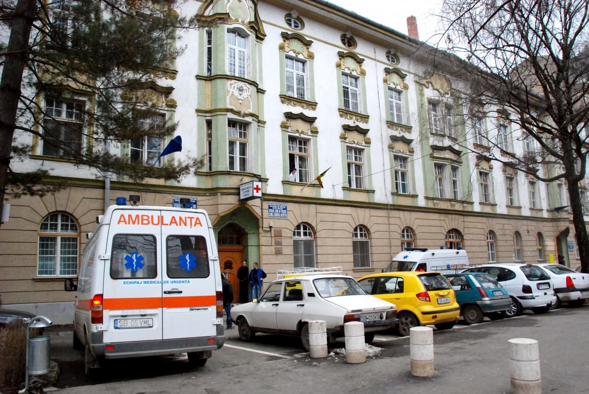 Doi copii, internați la ATI Pediatrie Sibiu. Un bebeluș de cinci săptămâni se află în stare gravă