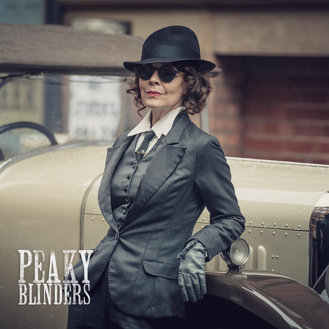 Actriţa britanică Helen McCrory, cunoscută din
